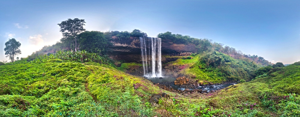 Tad Tayicsua Waterfall